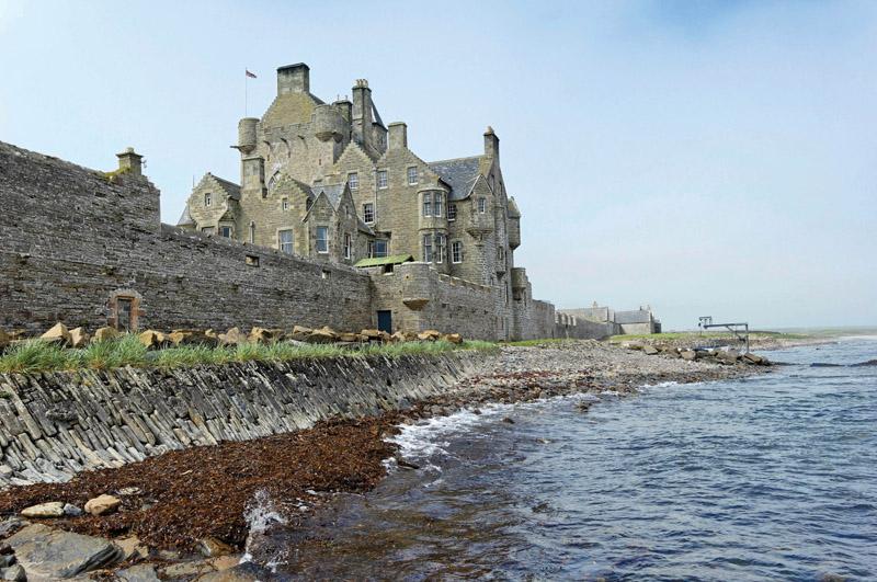 12 Castle Wedding Venues - Ackergill Castle - Qwerky Places