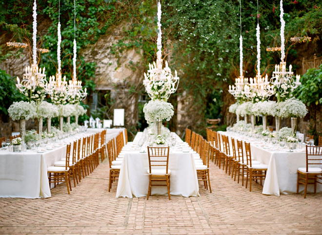 Outdoor white wedding. Image: Caroline Tran Photography