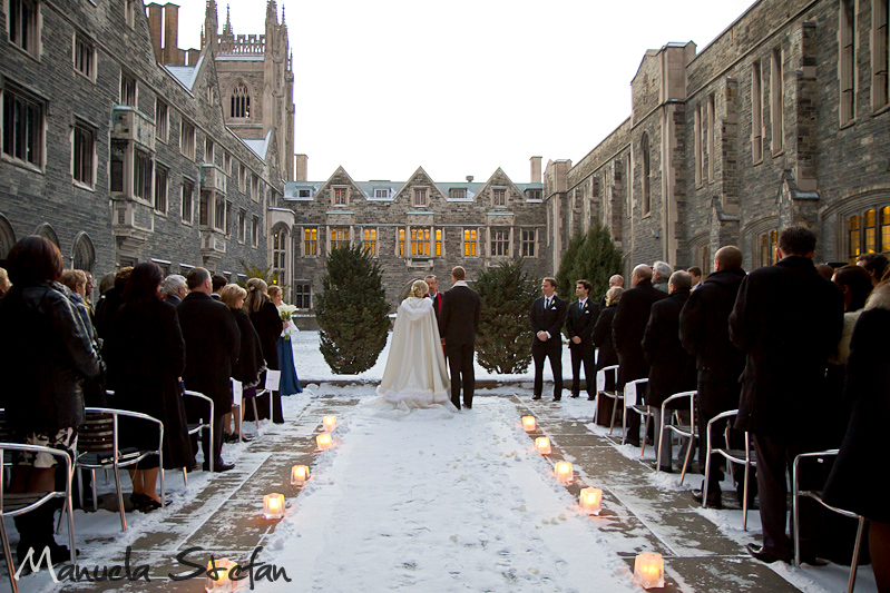 Winter inspired outdoor wedding at Hart House. Image Manuela Stefa Photography