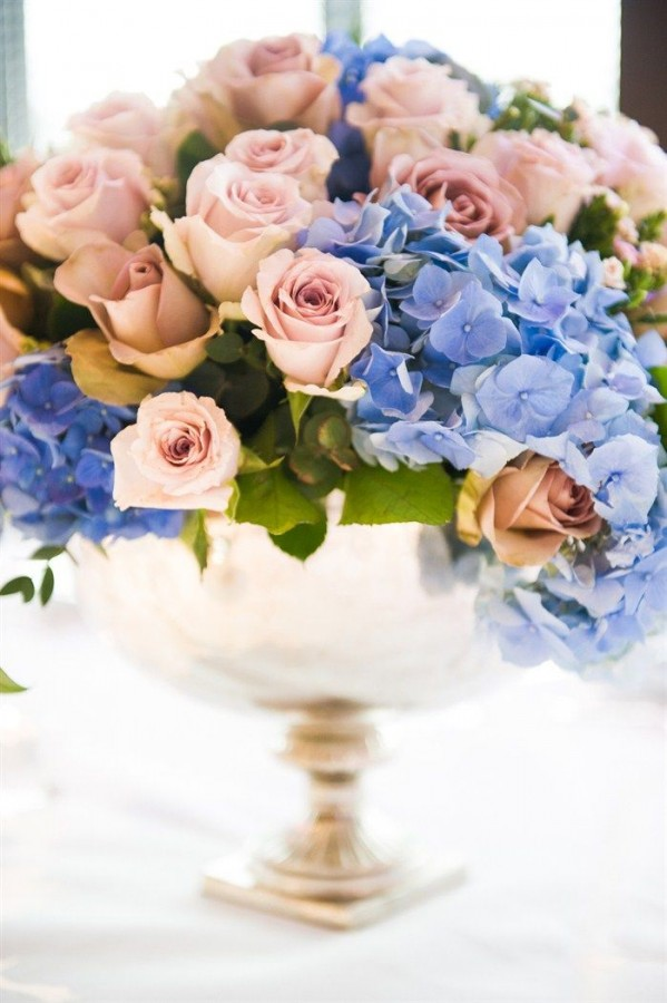 Rose Quartz roses and Serenity hydrangeas make an exquisite centrepiece or floral display. Image: Sarah Haywood
