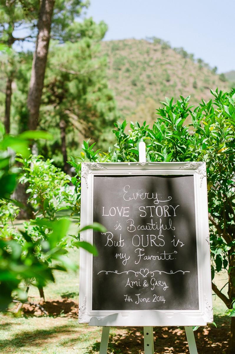 Ami_Gary_Vintage-Garden-Wedding_001
