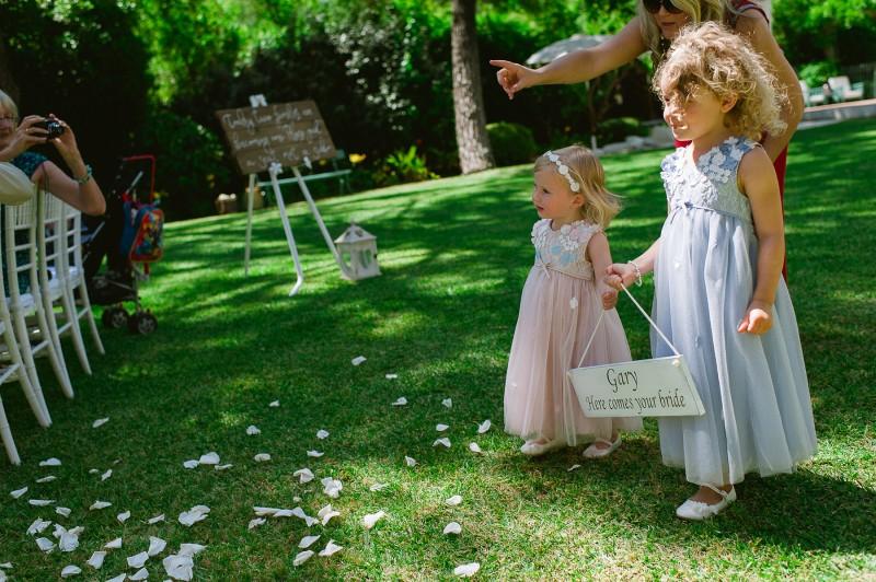 Ami_Gary_Vintage-Garden-Wedding_017