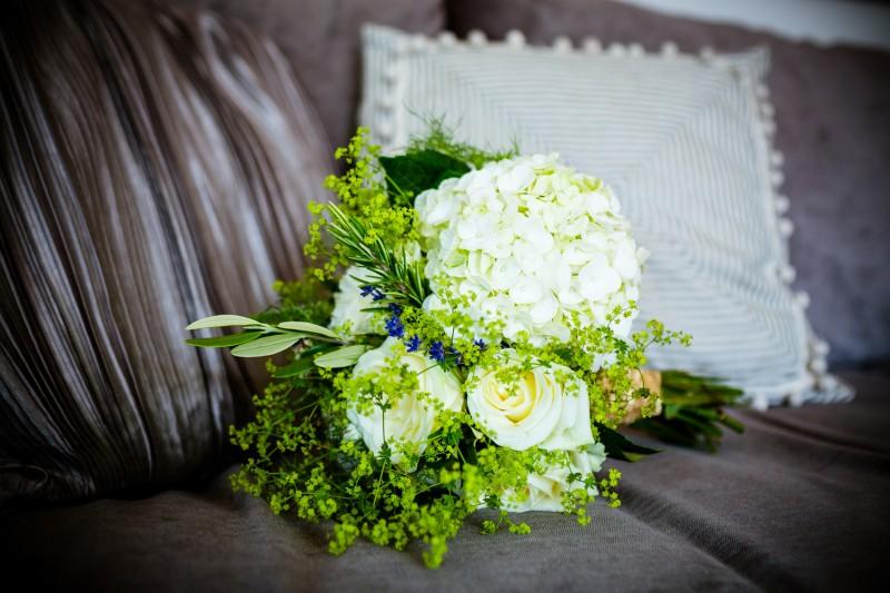 Lucy_Chris_Cornwall-Wedding_008