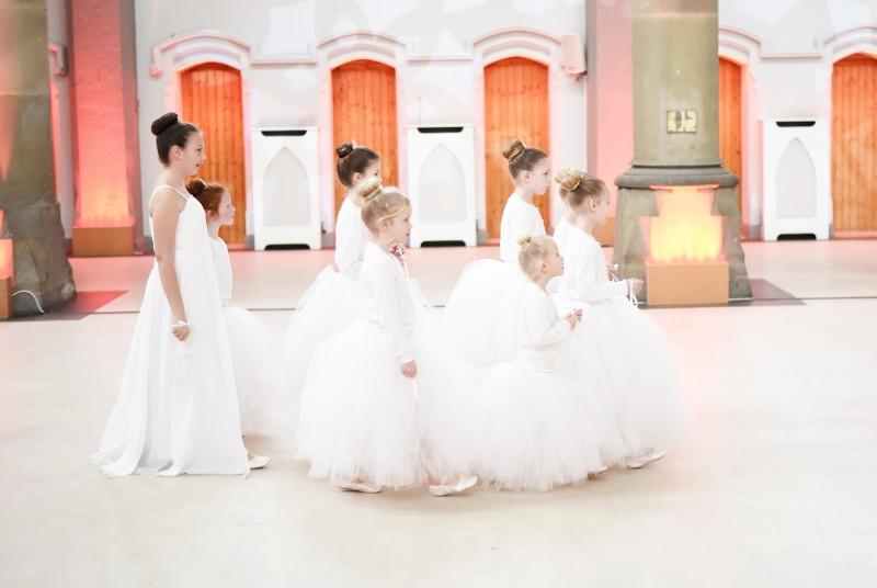 Lucy_Luke_Crimson-Wedding_017