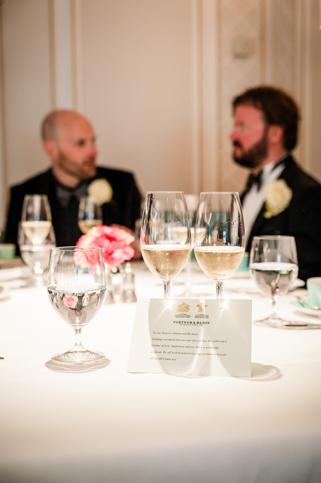 Adrian_Richard_Fortnum-and-Mason-Wedding_031