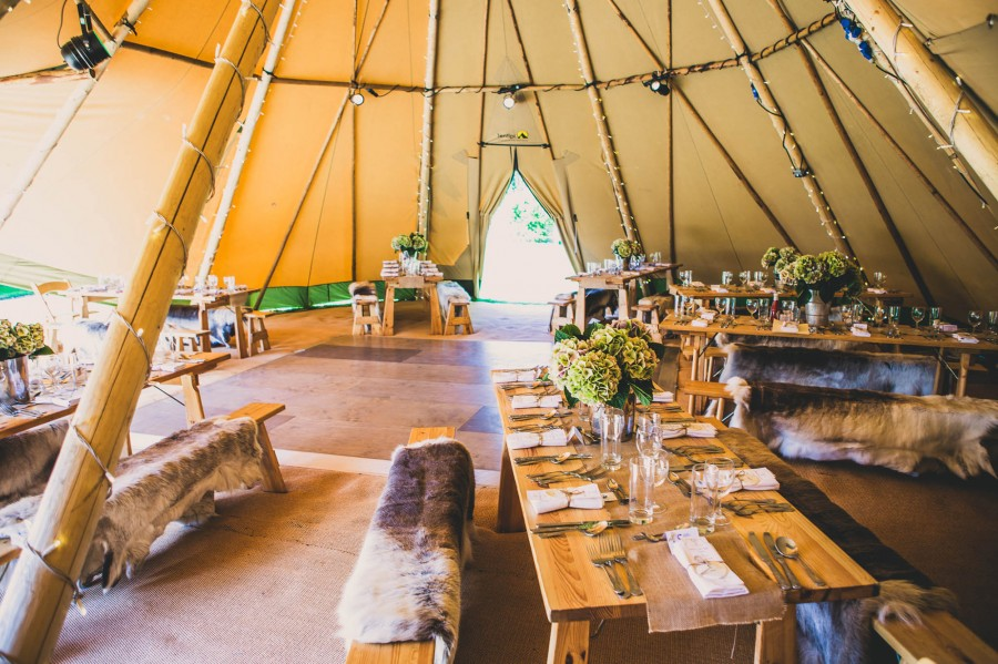 Emily_Darren_Tipi-Wedding_022
