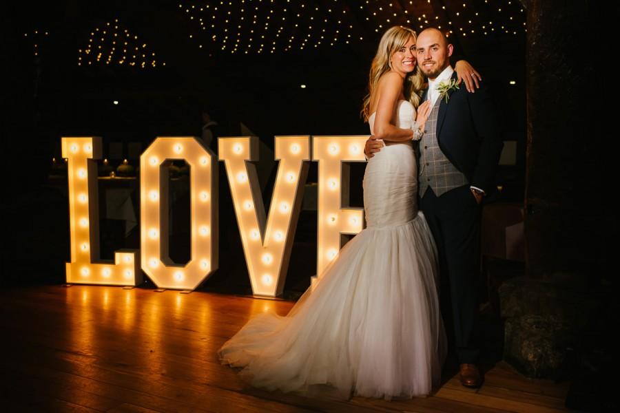 Amy_Sam_Modern-Rustic-Wedding_045