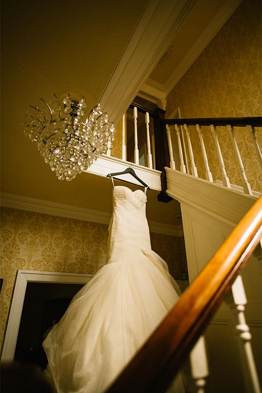Amy_Sam_Modern-Rustic-Wedding_SBS_001