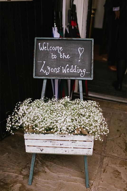 Amy_Sam_Modern-Rustic-Wedding_SBS_024