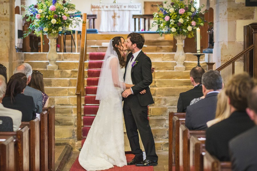 Catherine_Simon_Farm-Wedding_017