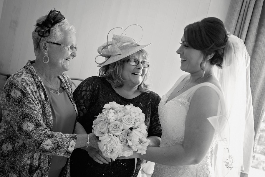 Natalie_Aimee_Country-Garden-Wedding_009