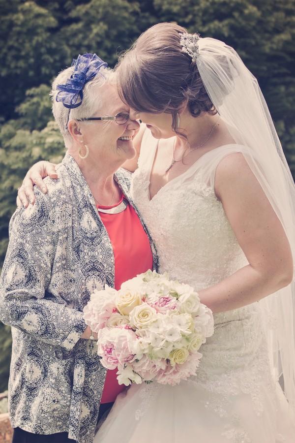 Natalie_Aimee_Country-Garden-Wedding_SBS_018