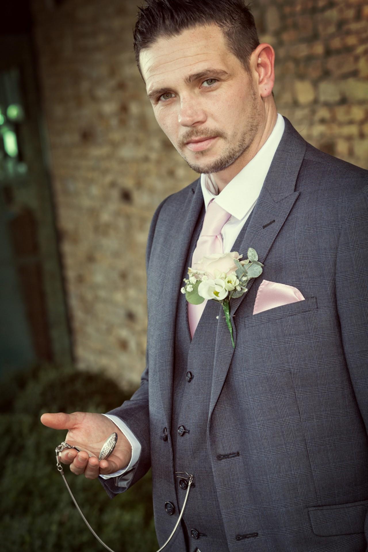 Rachel_Kit_Vintage-Wedding_012