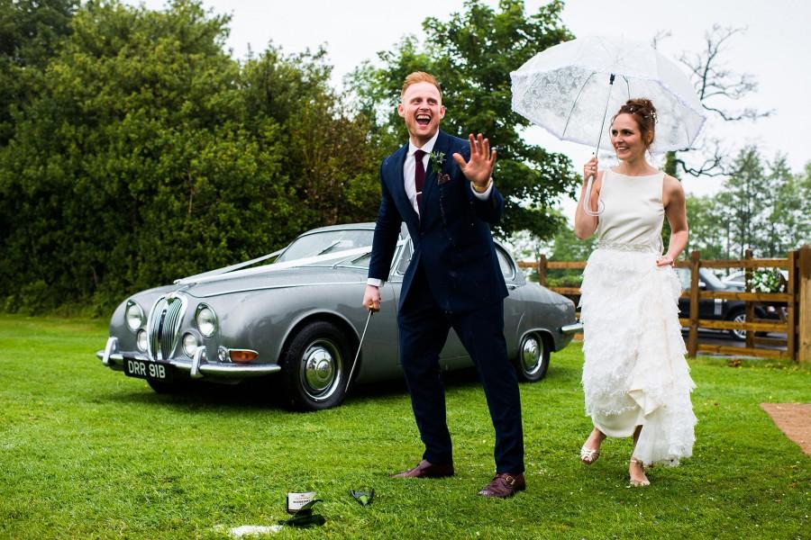Abi_Steve_Countryside-Wedding_025