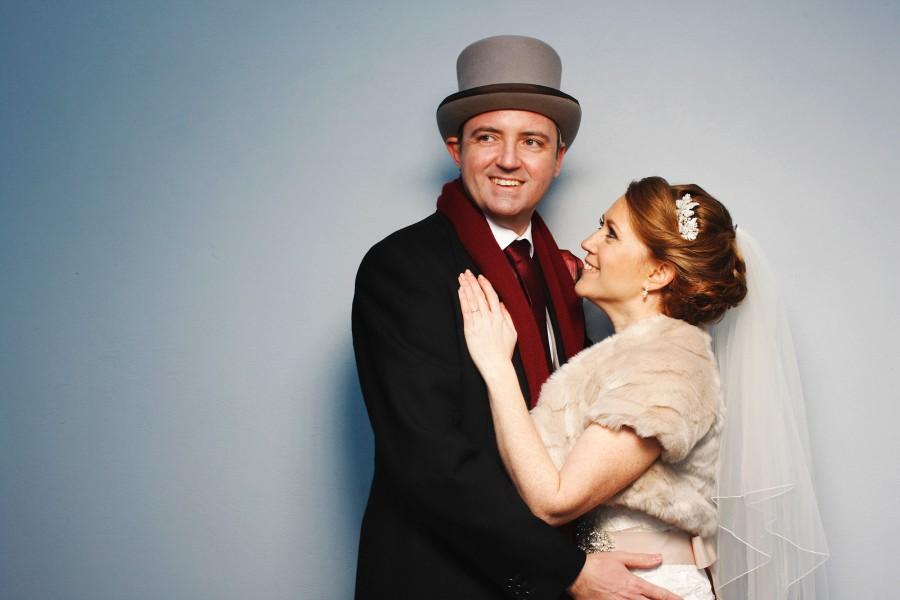 Helen_Jason_Christmas-Wedding_035