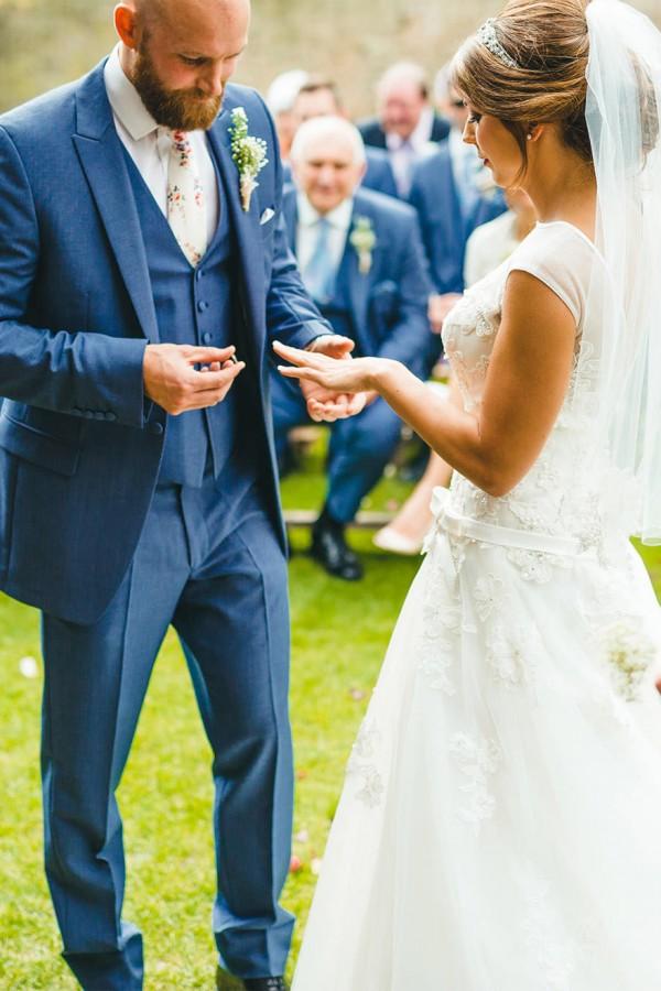 Kathryn_Chris_Rustic-Wedding_SBS_014