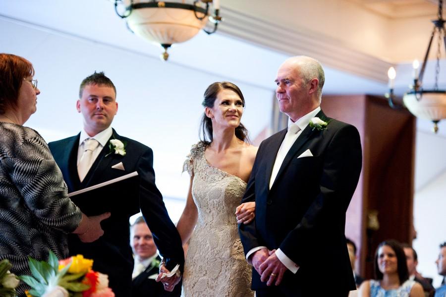 Lara_Oliver_Reebok-Stadium-Wedding_018