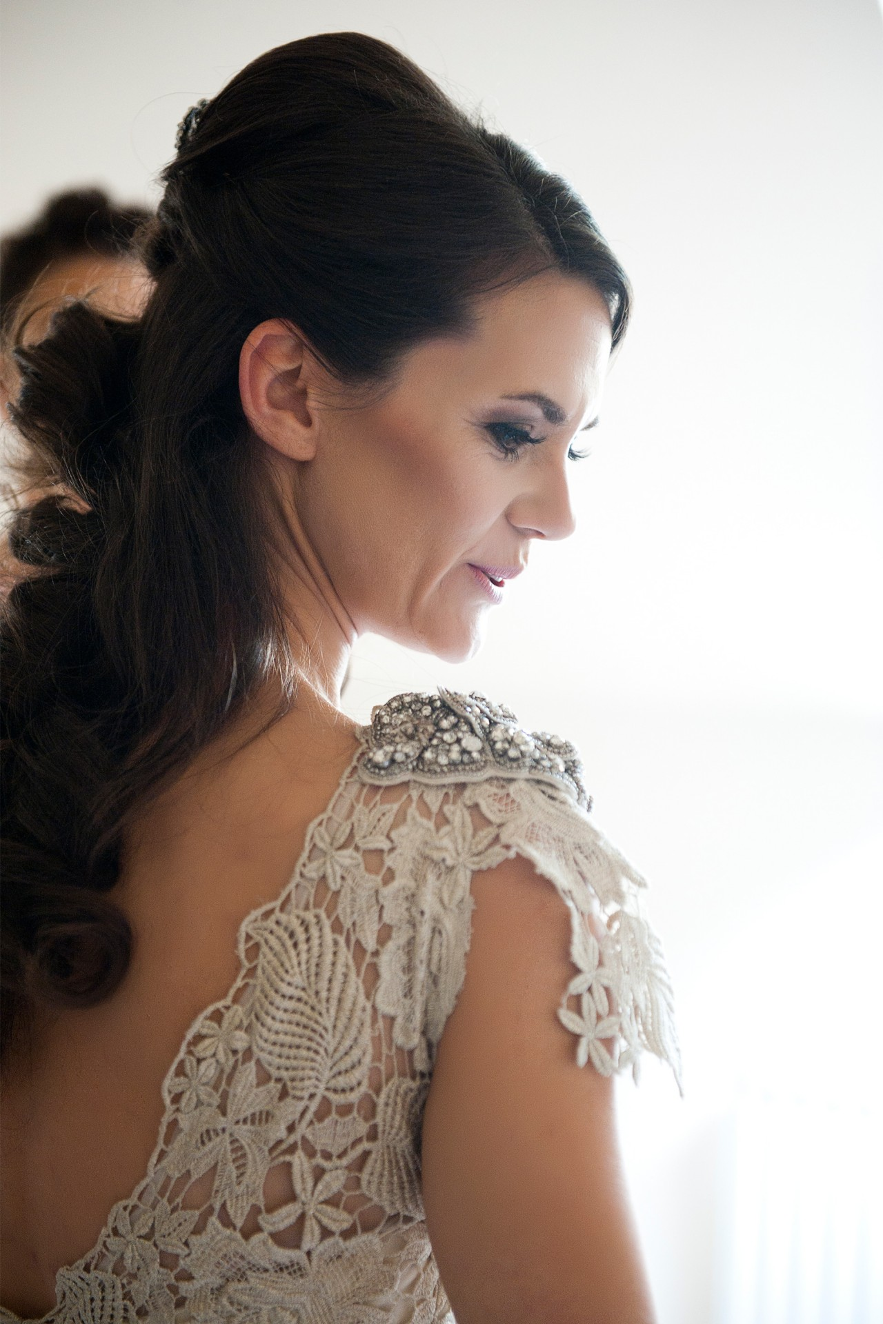 Lara_Oliver_Reebok-Stadium-Wedding_SBS_008