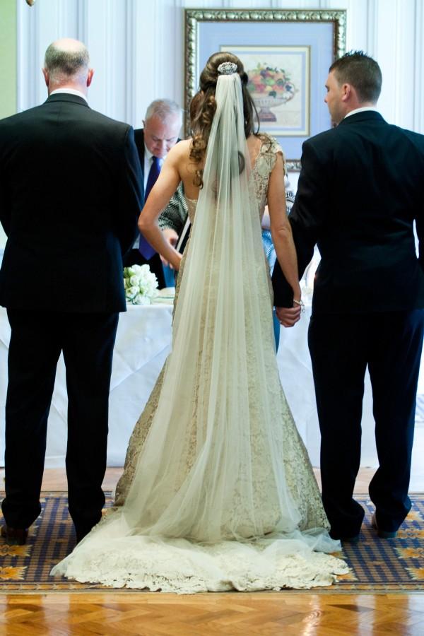 Lara_Oliver_Reebok-Stadium-Wedding_SBS_014
