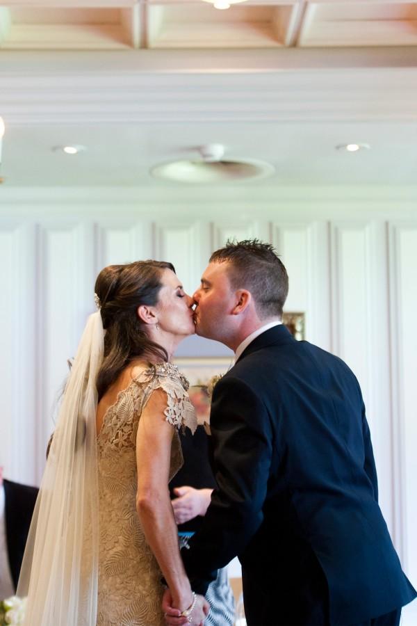 Lara_Oliver_Reebok-Stadium-Wedding_SBS_017