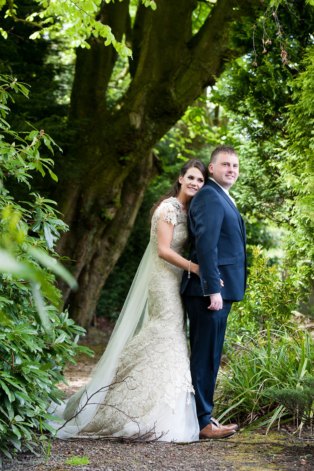 Lara_Oliver_Reebok-Stadium-Wedding_SBS_028