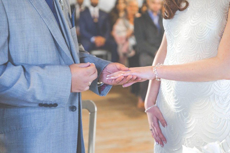 Yasmin_Miran_Autumn-Barn-Wedding_015