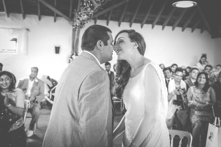 Yasmin_Miran_Autumn-Barn-Wedding_016