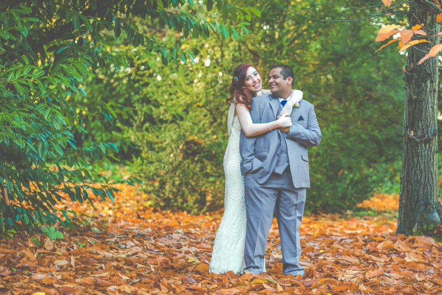 Yasmin_Miran_Autumn-Barn-Wedding_020